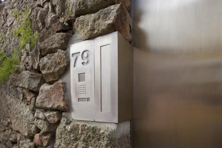 Architect: Eduardo Souto de Moura Casa 1015, Porto,