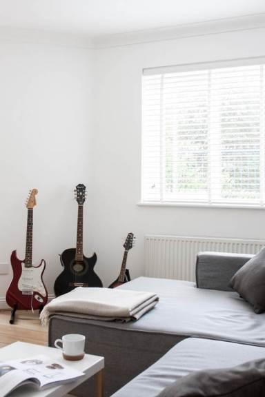 myhoue_guitars