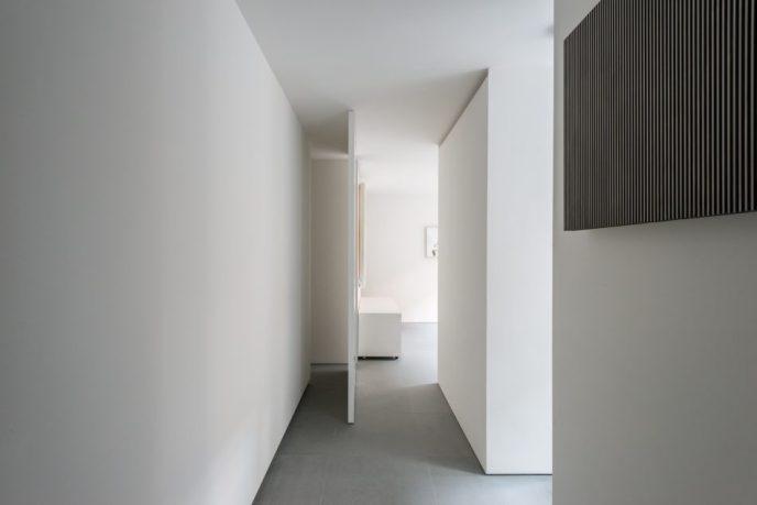 masterpiece of minimalism_Doris Lockhart