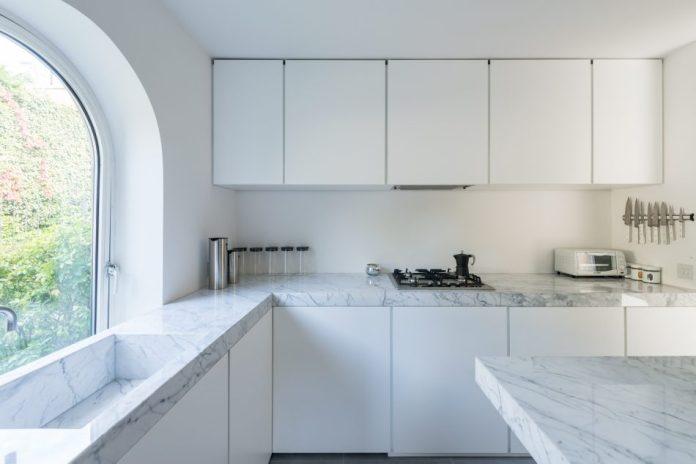 masterpiece of minimalism_Doris Lockhart04