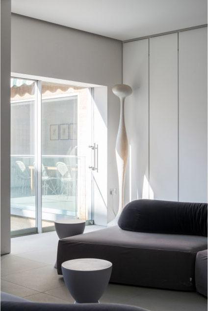 masterpiece of minimalism_Doris Lockhart11