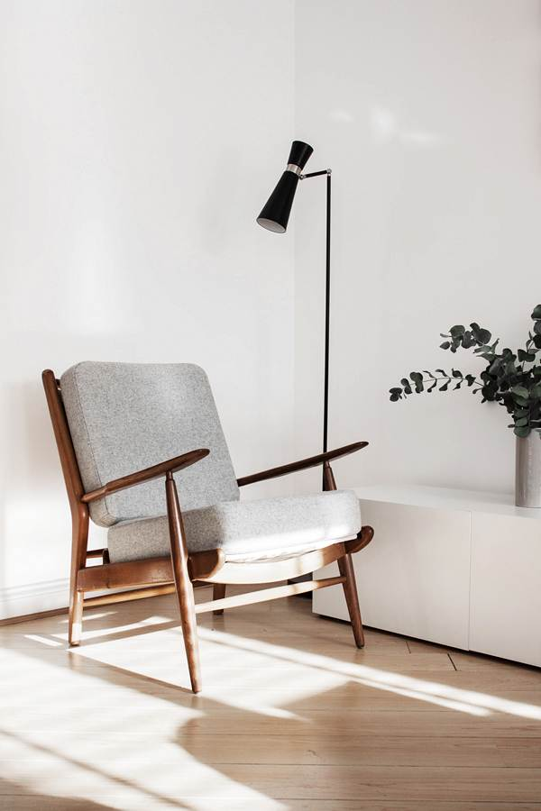 the perfect mid-century armchair