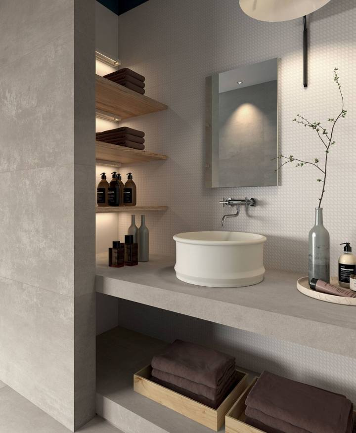 AMB-05_Kronos_Sete_-Talco_-60x120-rhombus-structure-wall_Prima-Materia_Cenere_-smooth-rectify-60x120-wall_top-special-pieces1