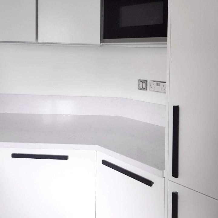 Black and white kitchen, kitchenrenovation, ikea kitchen, 10 things i learned, ikea, new kitchen, minimal kitchen, simple, simplicity